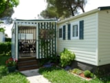 Rental - Mobile-home WAPITI 6 places 32m2 + 3 bedrooms +sheltered terrace - Camping Aloé