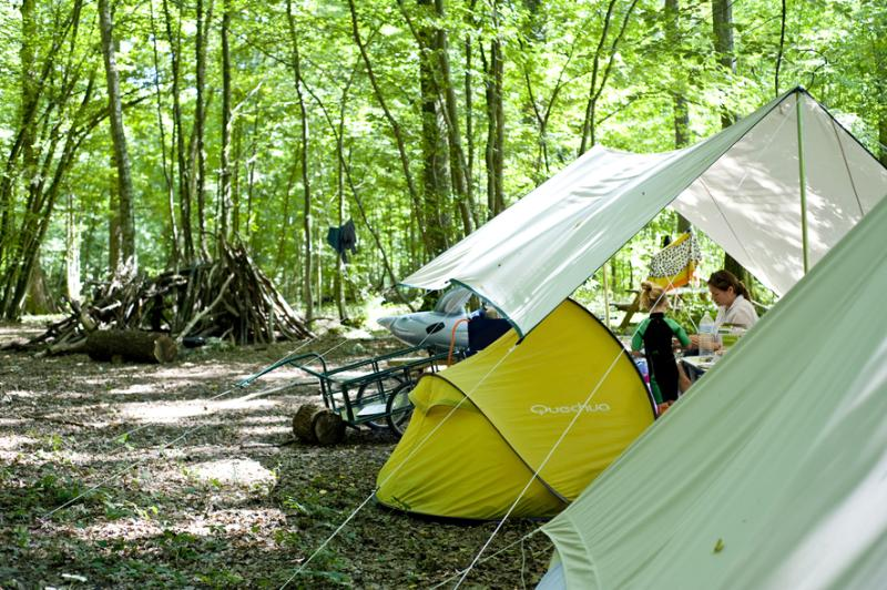 Emplacement - Emplacement Camping Nature - Huttopia  Rambouillet