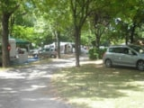Pitch - Pitch Confort without electricity + vehicle - CAMPING LES FAUVETTES