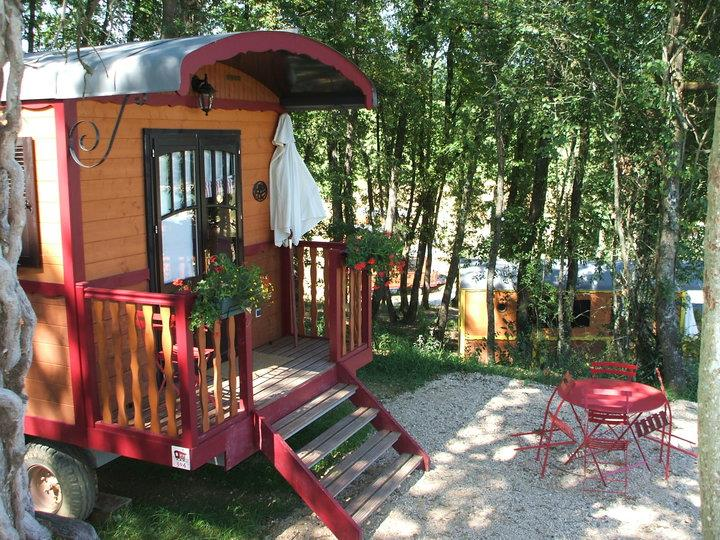Location - Roulotte Gîte Luxe - Camping Domaine d'Escapa