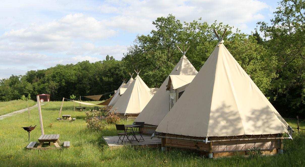 Location - Tipi Lodge - Camping Domaine d'Escapa