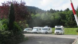 Outside campers parking : Formula with 1 camper + 2 persons and electricity 6 amp