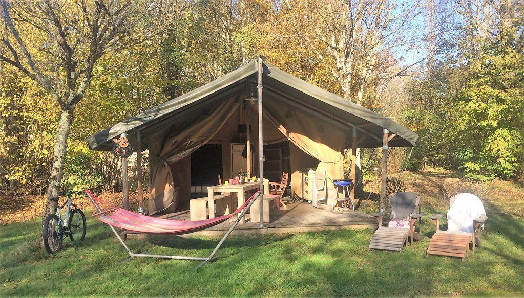 Lodge Safari tent 35 m2 - 2 bedrooms - 10 m2 covered terrace - Free Wifi*