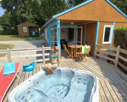 Chalet 2 bedrooms - 1 bathroom -  Jacuzzi - Saturday