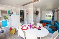 Premium 3 bedrooms - 2 bathrooms Mobilehome Sat