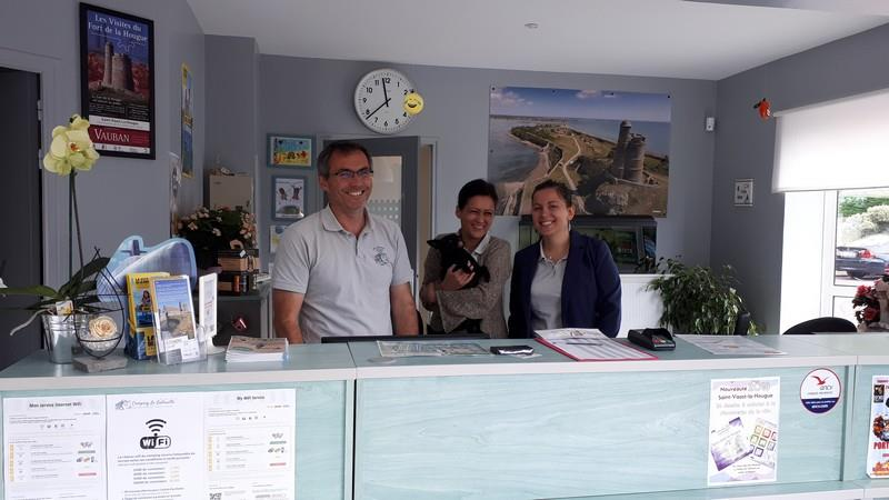 Reception team Camping La Gallouette - Saint Vaast la Hougue