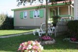 Rental - Chalet Confort+  26,5 m² (2 bedrooms) + sheltered  terrace + TV - Flower Camping UTAH-BEACH