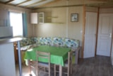 Rental - Chalet Premium 35 m² (3 bedrooms) + terrace 13 m² + TV - Flower Camping UTAH-BEACH