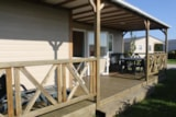 Rental - Chalet Confort+ 35 m² (3 bedrooms) + terrace + TV - Flower Camping UTAH-BEACH