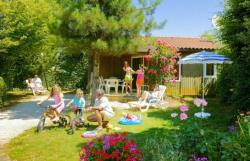 Huuraccommodaties - Chalet REVE MIDWEEK - 2 bedrooms - 1 bathroom - TV - Camping Les Peneyrals
