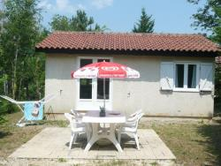 Rental - Gîte, 2 bedrooms 33m² - Camping Les Charmes