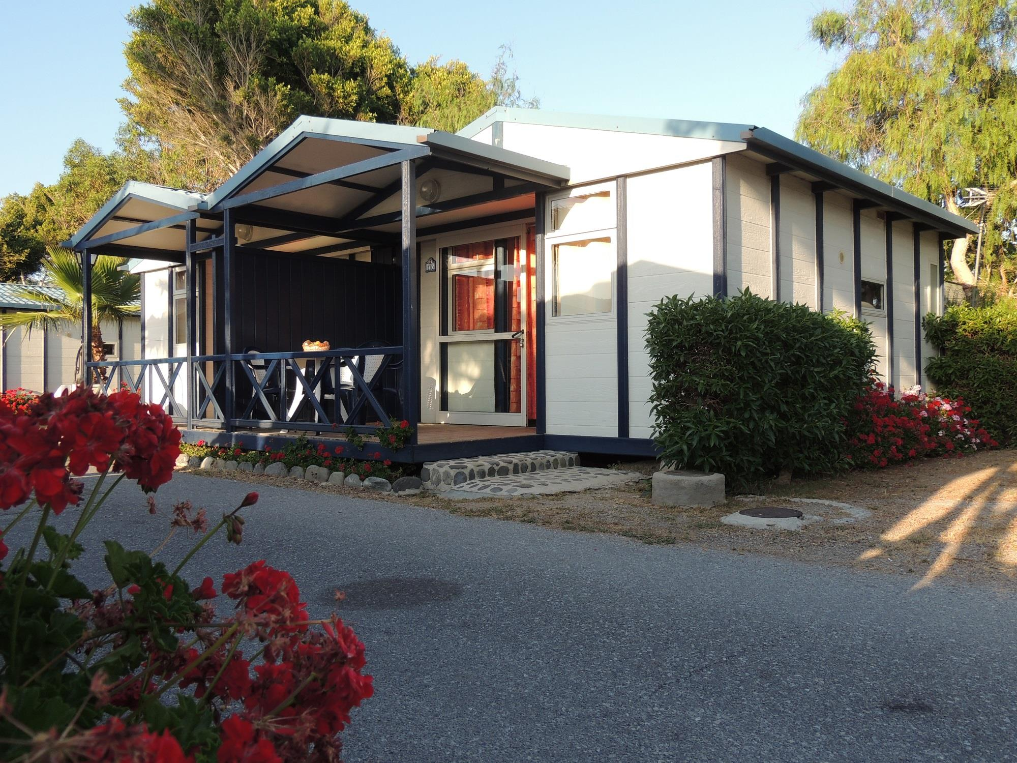 Accommodation - Bungalow Sacratif 4P - Camping Bungalows Don Cactus