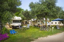 Etablissement Krk Premium Camping Resort By Valamar - Krk