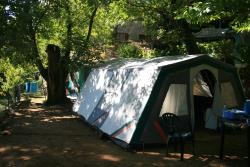 Emplacement - Forfait Emplacement - CAMPING LES CHATAIGNIERS