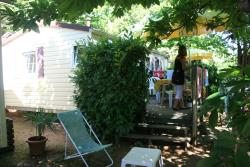 Location - Mobil-Home Watipi - CAMPING LES CHATAIGNIERS