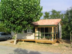 Wheelchair friendly Camping Les Arches - Saint-Jean-Le-Centenier