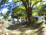 Pitch - Pitches  From 80 To 100 M²; Package: 2 People - Camping les Peupliers