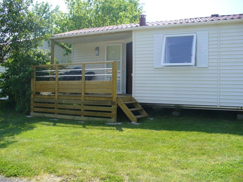 Location - Location Mobilhome Ti 26M² Avec Terrasse Semi-Couverte (2 Chambres) 4 Pers. Confort - Camping Le Rouge Gorge
