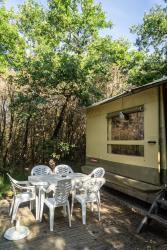 Accommodation - 6-Person Canvas Bungalow - CAMPING DOMAINE DE BRIANGE