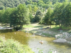 Bathing Camping Relais Des Brison - Beaumont