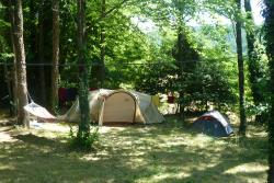 Emplacement - Emplacement - CAMPING LES CRUSES