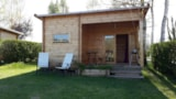 Rental - Fishing Hut Covered Terrace (Mini 2 Nights) - Camping du Vivier aux Carpes
