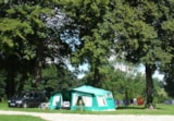 Pitch - Close To Nature Pitch (Pitch 230 M² With Tap Water, 1 Vehicle, Without Electricity) - Camping LE CLOS CACHELEUX