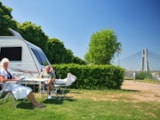 Pitch - Pitch Trekking Package by foot or by bike - Camping du Pont de Bourgogne