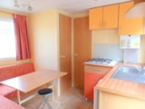 Rental - Mobilhome NEMO 21 m² (2 bedrooms) Half-covered terrace - Camping Lou Comtadou