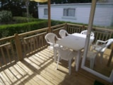Rental - Mobilhome CONFORT 32m² (2 bedrooms) Half-covered terrace + TV - Camping Lou Comtadou