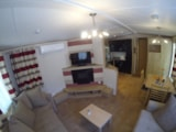 Rental - Mobile Home PREMIUM 42m² (2 bedrooms) + covered terrace 17m² - Camping Lou Comtadou