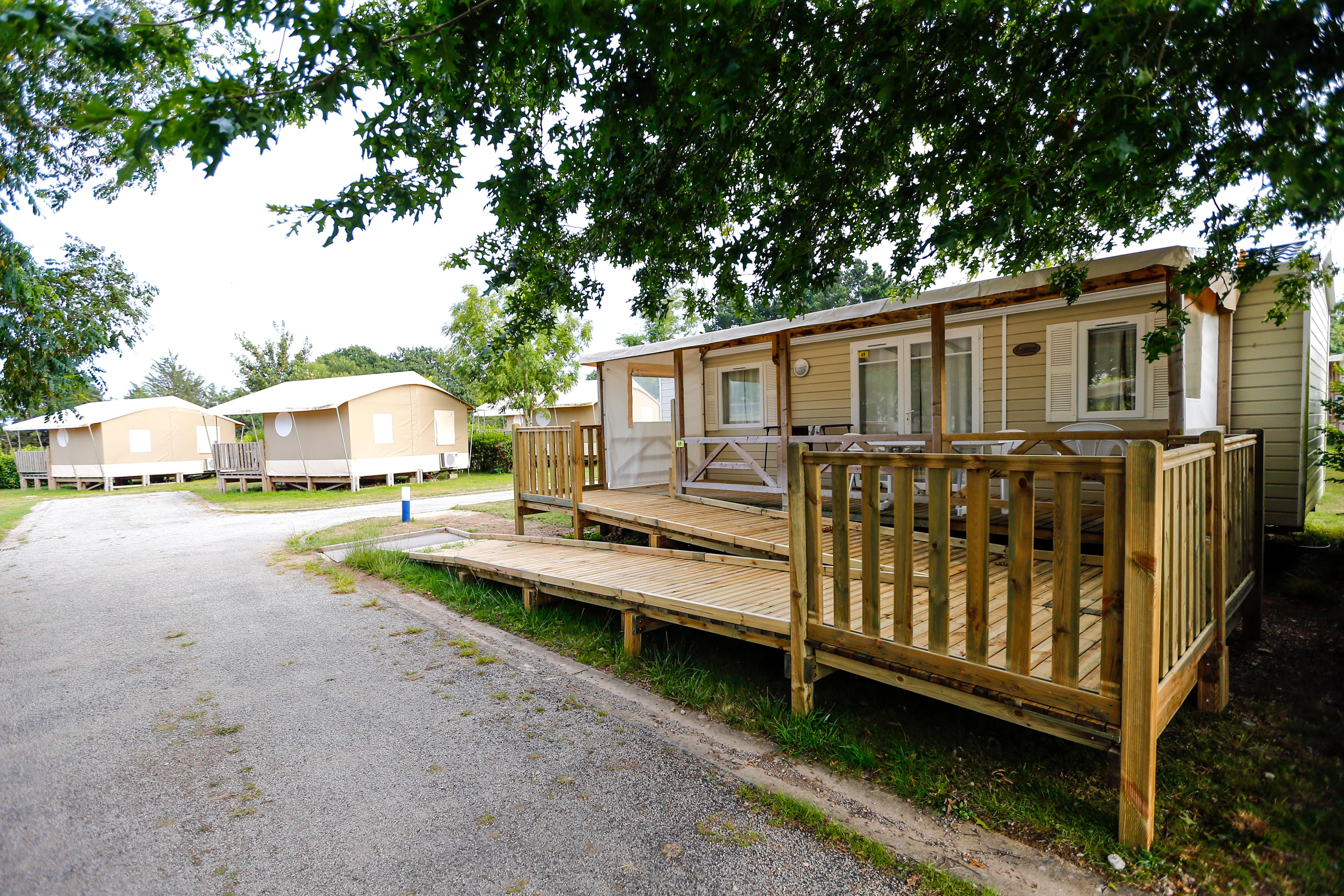 Location - Mobil-Home Accessible Pmr 2 Chambres - Camping Campéole Le Courounba