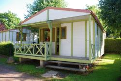 Accommodation - Chalet Terrace - Camping Les Deux Pins