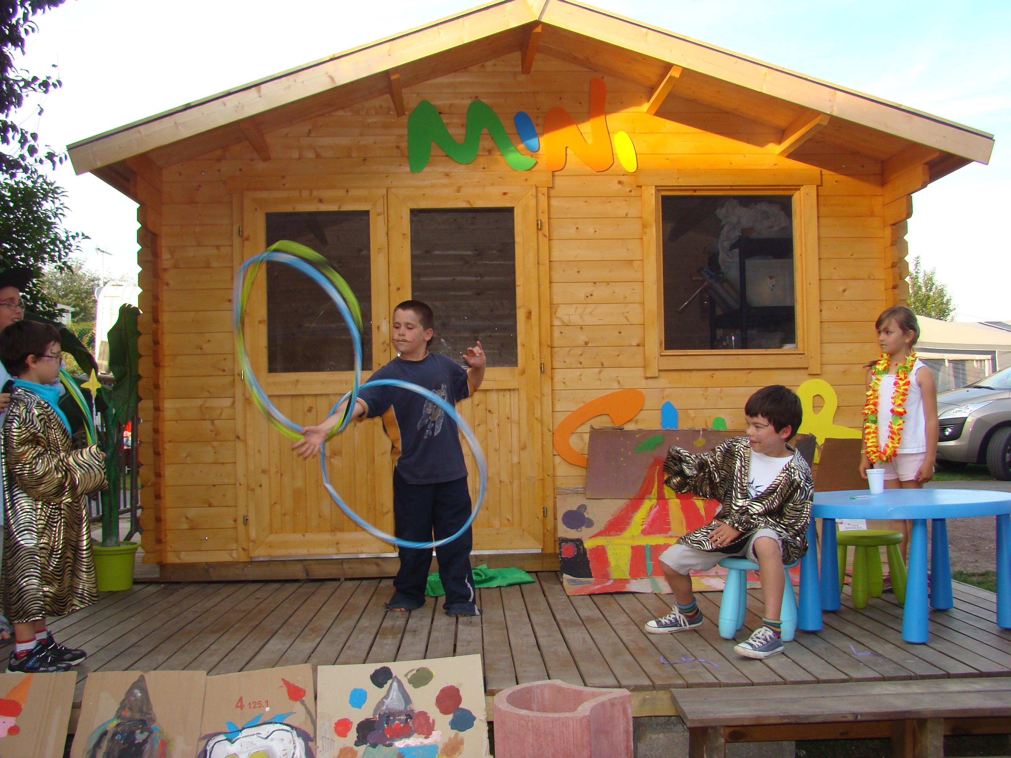 Read the reviews from camping le point du jour for Camping cabourg piscine