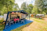 Pitch - Comfort Package (1 tent, caravan or motorhome / 1 car / electricity 10A) - Flower Camping LA STENIOLE