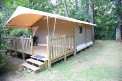 Rental - Tent Canada without private facilities - Camping Le Tiradou