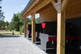 Pitch - CONFORT pitch: 160ft², water, wasterwater connexion, electricity (16A.) Car free area - Camping Les Rives du Lac