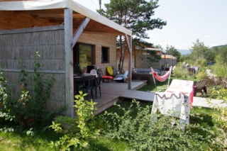 Chalet Luxe: 2 Bedrooms, 2 Bathrooms + Wc, Kitchen. Jacuzzi,  Barbecue Set, Speaker