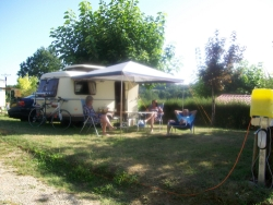 Emplacement - Emplacement en camping - CAMPING LA BASTIDE