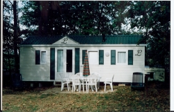 Locatifs - location mobil-home/chalet dit OACKLEY - CAMPING DOMAINE de LANDREVIE