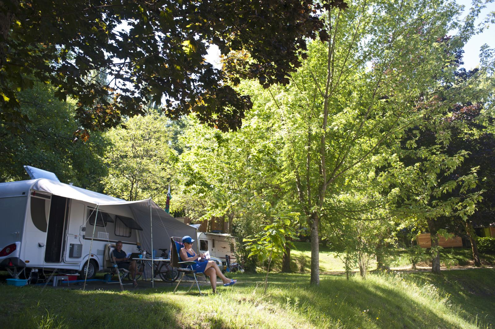 Emplacement - Emplacement Camping + Confort - Huttopia Sarlat
