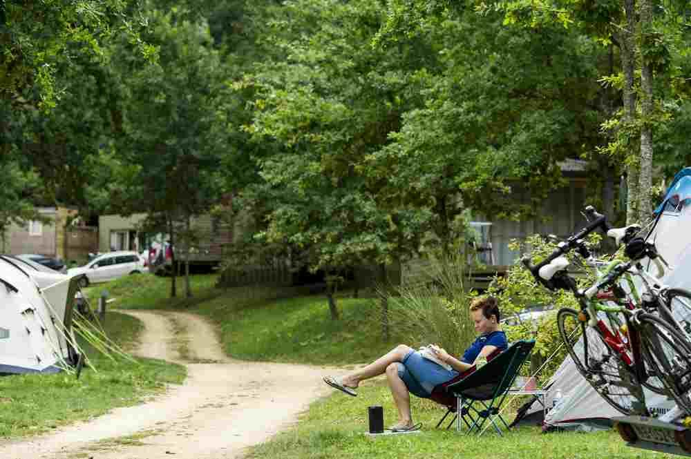 Emplacement - Emplacement Camping Nature - Huttopia Sarlat