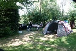 Emplacement - Emplacement 2 pers. + voiture - Camping Brin d'Amour