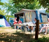 Pitch - Package pitch + 1 car + electricity - Capfun - Camping Les Hauts de Ratebout