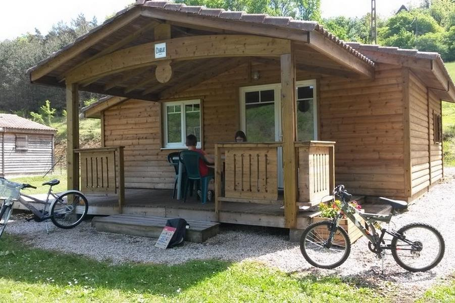 Chalet Charlay 35 m² / 2 chambres - terrasse couverte + télévision