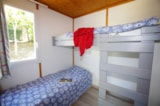 Rental - Chalet Farniente XL 32m² / 2 bedrooms - 20m² sheltered terrace - CAMPING LES VALADES