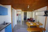 Rental - New 2016 : Chalet Farniente XL 32m² / 2 bedrooms - 20m² sheltered terrace - CAMPING LES VALADES
