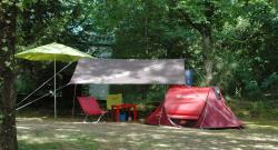 Pitch - Forfait Naturel : Pitch + 1 car + tent , caravan or camping-car - Camping les Pialades