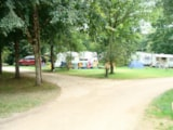 Pitch - Camping pitch (1 ppl) - Camping de l'Ilot