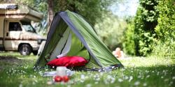 Pitch - Nature Package (1 tent, caravan or motorhome / 1 car) - Camping Club Périgord Vacances
